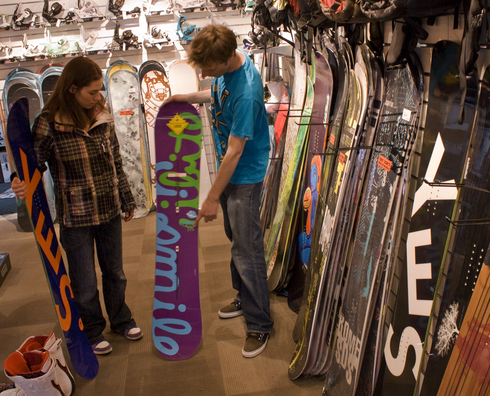 Snowboard size how to choose an appropriate board snowboard purchasing help geenschuldenfo Gallery