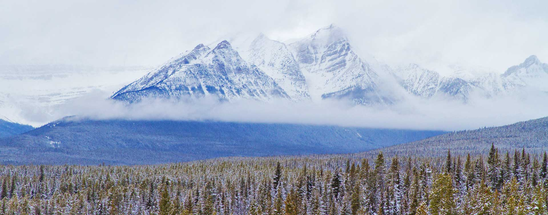 Banff-Mountains_1920x756.jpg