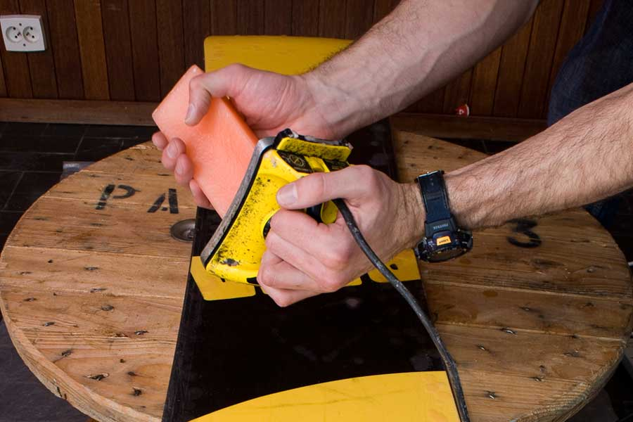 8277ce73fb3c How to wax and tune your snowboard at home